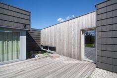 Gallery of Black Clay Family Residence / NEBRAU - 10
