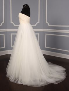 100% Authentic Romona Keveza L561 wedding dress legends on sale at up to 90% off retail. Free U.S. shipping and No Risk Return Policy! #romonakeveza