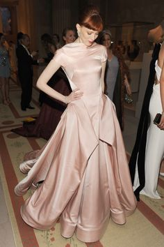 Awesome pale salmon and beautiful lines to the bodice .Karen Elson