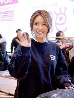 SNSD - Choi SooYoung 최수영 at Beaming Effect's charity bazaar