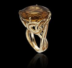 18ct Yellow Gold ring set with Whiskey Quartz central stone Entanglement Collections Garrard