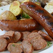 This gourmet smoked sausage combines the delicious flavors of mild and lean venison with rich port wine. Buy this sausage to use in casseroles, soups, pasta sauces and more. Venison Sausage Recipes, Turkey Sausage, Venison Stew, Herbed Potatoes, Beef Flank Steak, Meat Online, Specialty Meats, Gourmet Food Store, Roast Dinner