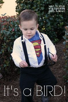 Make this EASY Clark Kent Toddler costume for the little Superman in your family! The costume is easy to put together and inexpensive. It's sure to be a hit! Cool Superhero Costumes, Super Hero Costumes, Halloween Costumes For Kids, Superman Birthday Party, Halloween Birthday, Toddler Costumes, Baby Costumes, Clark Kent Costume, You Are The Father