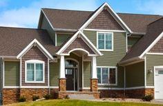 Exterior brick siding, exterior house with vinyl siding colors vinyl exterior window shutters Exterior Siding Options, Exterior House Siding, Brick Siding, Exterior House Colors, Exterior Design, Cement Siding, Modern Exterior, Home Design, Design Ideas