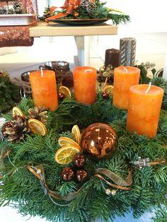 Christmas Candles, Christmas Decorations, Table Decorations, Christmas Christmas, Holiday, Diy Wax Melts, Scented Wax Melts, Diy Candles, Scented Candles