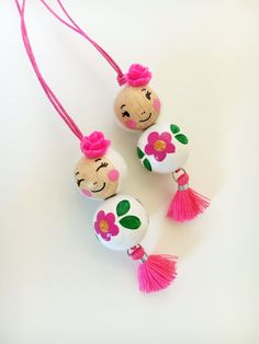 Diy Crafts Hacks, Diy Arts And Crafts, Hobbies And Crafts, Bead Crafts, Handmade Rakhi Designs, Crochet Necklace Pattern, Wood Peg Dolls, Christmas Crafts For Adults, Yarn Dolls