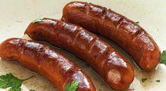 Il wurstel nero del Trentino - il BARBUSTO - diventa speciale se servito con crauti e polenta, ma anche con vari tipi di salsa o a fianco alle patate al forno, con verdura fresca di stagione o cotta. Ottimo anche con il sapore agrodolce delle rape alla trentina.