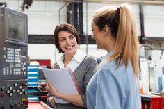 Varsinkin työuran keskivaiheilla on hyvä valmistautua muutoksiin. Se voi tarkoittaa lisäkoulutuksen hankkimista tai sen tunnistamista, missä on erinomainen.