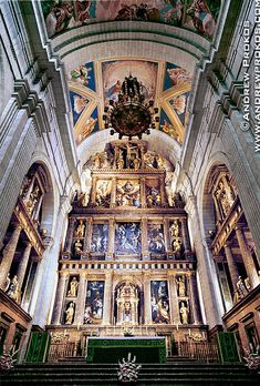 Interior of the royal basilica at El Escorial, Spain - Purchase a framed print of this photo or license the high-resolution image. Religious Architecture, Amazing Architecture, Architecture Details, Louis Xiv, Versailles, Escorial Madrid, Real Madrid, Classical Latin, Church Interior