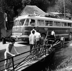 Ikarus 55 kompra hajt fel. 60-as évek Budapest, Busse, Old Cars, Cars And Motorcycles, Tours, Travel, Viajes, Destinations, Traveling