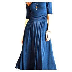 Bordeaux jersey midi dress Anthropology Blue/black 3/4 sleeve. Belted midriff. Flowy midi. Anthropology Bordeaux Dresses Midi