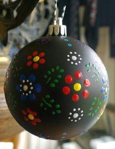 Staphorster stipwerk kerstballen | Berthi's Weblog