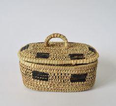 Rustic Kožený pletený košík Minimal Decor, Handmade Decorations, Handmade Wooden, Bohemian Decor, Vintage Decor, Gifts For Mom, Egyptian, Wicker, Wedding Gifts