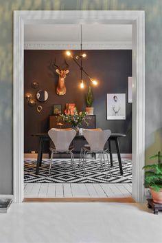 FINN – BISLETT/ADAMSTUEN - Vakker og klassisk 3-roms selveierleilighet | Nytt bad 2016 | 2 balkonger | Peis | Rosett og stukkatur | God takhøyde (over 3 meter) | Må sees