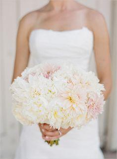 soft pink and white bridal bouquet @weddingchicks