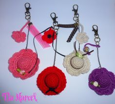 Llaveros tejidos al crochet colore varios