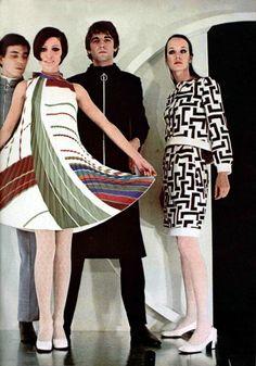 L'Officiel Magazine 1968 Pierre Cardin Not a big fan of chiffon dresses normally, but it's cute