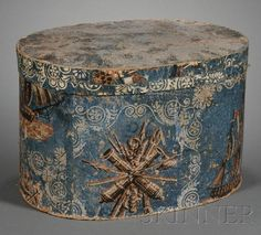 Wallpaper-covered Hatbox, America, first half 19th century