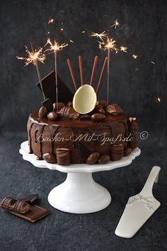 Schoko- Nuss- Torte mit Orangencreme