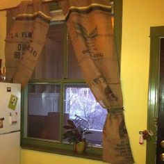 Hodgepodge Arty: Coffee sack curtains