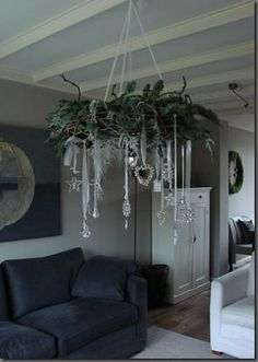 chic decor Top 18 Shabby Chic Christmas Decor Ideas – Cheap & Easy Interior Party Design Project - Way To Be Happy Noel Christmas, All Things Christmas, Christmas Wreaths, Christmas Crafts, Cheap Christmas, Christmas Villages, Victorian Christmas, Christmas Ornaments, Christmas Christmas