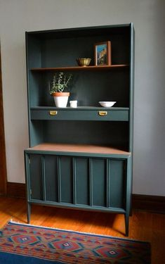 168 Vintage Mid-Century Furniture Design Ideas 168 Vintage Mid-Century Furniture Design Ideas www.futuristarchi The post 168 Vintage Mid-Century Furniture Design Ideas appeared first on Design Diy. Refurbished Furniture, Upcycled Furniture, Furniture Projects, Painted Furniture, Home Furniture, Furniture Design, Modern Furniture, Retro Furniture Makeover, Painted Hutch
