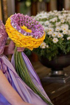 .Glamelai - bouquets made of petals of amny flowers #glamelia #compositebouquet
