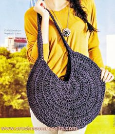 bolsas em croche no site croche com receita Bolsa Crochetar - / Purse to Crocheting -Just wearing purpleThis Pin was discovered by IsaImage uploaded by Bethartesanatos. Find images and videos about bag on We Heart It - the app to get lost in what you Free Crochet Bag, Love Crochet, Diy Crochet, Crochet Bags, Crochet Handbags, Crochet Purses, Handmade Handbags, Handmade Bags, Knitting Patterns