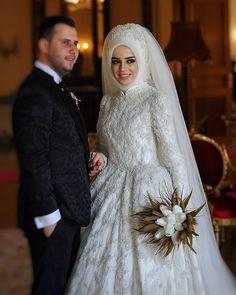 Fatma gelin ❤#sheevaofficial #sheevabridal #bridal #weddingdress #gelinlik #kina #dügün #nişanlık #fashion #fashiondesigner #hijabfasion…