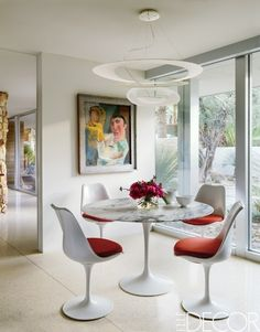 Superb A Sleek And Modern Dining Room In A Gorgeous Palm Springs Home.