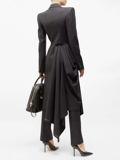 Stylish Dress Designs, Stylish Dresses, Dresses For Work, Hijab Fashion, Fashion Dresses, Professional Wardrobe, Colorful Fashion, Wool Coat, Classy Outfits
