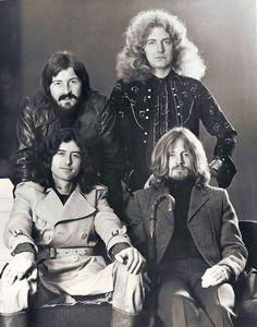"zeppelinmcsleuthington: ""Led Zeppelin """