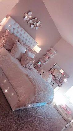 Light Pink Room Decor Bedroom Decor Pink Bedroom Design with Cute Room Decor Cute Room Decor, Teen Room Decor, Room Ideas Bedroom, Teen Bedroom Colors, Girls Pink Bedroom Ideas, Cute Bedroom Ideas For Teens, Light Pink Bedrooms, Blush Pink Bedroom, Dream Bedroom