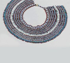 South Africa | Beaded collar from the Xhosa people | Glass beads with button clasp | Est. 700 - 900€