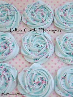 Pink Piccadilly Pastries: Cotton Candy Meringues im dribbling Meringue Cookie Recipe, Meringue Desserts, Just Desserts, Delicious Desserts, Merangue Recipe, Mint Recipes, Candy Recipes, Sweet Recipes, Cookie Recipes