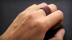 Стильное женское кольцо. Бижутерия из бисера. Минимализм