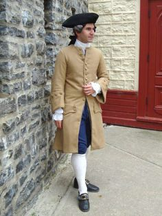 18th century re-enactor at the Fêtes de la Nouvelle-France in Quebec City, Canada - Click here to see more photos: https://www.flickr.com/photos/ericpellerin/sets/72157624707100868