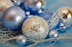 ľadovo modrá/ice blue Holiday Ideas, Christmas Decorations, Decor Ideas, Ice, Pearls, Xmas, Silver, Beads, Ice Cream