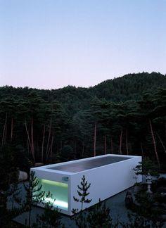 ephe:  White Temple, Kyoto - Takashi Yamaguchi & Associates