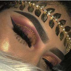 Gorgeous Makeup: Tips and Tricks With Eye Makeup and Eyeshadow – Makeup Design Ideas Makeup Eye Looks, Eye Makeup Tips, Cute Makeup, Makeup Goals, Gorgeous Makeup, Glam Makeup, Pretty Makeup, Skin Makeup, Makeup Inspo