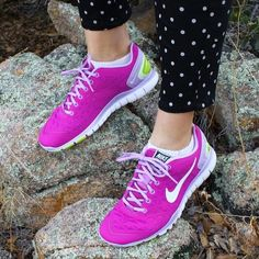 great site for all shoes off omg Cheap Online for Customers Nike Shoes Outfits, Nike Shoes Cheap, Nike Free Shoes, Cheap Nike, Nike Air Max Running, Nike Air Max 2012, Runs Nike, Nike Free Runs For Women, Women Nike