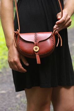 red leather purse. the wren in cherry wood red vegetable tanned leather. wood button