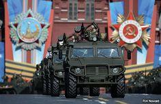 Rusia apuesta por diplomacia militar - Por: Roberto Casin