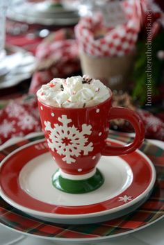 Novel Baking: 'Tis the Season for Hot Cocoa Party Recipes and Tablescape Hot Chocolate Cupcakes, Hot Chocolate Gifts, Christmas Hot Chocolate, Hot Chocolate Bars, Christmas Coffee, Christmas Drinks, Christmas Desserts, Christmas Treats, Christmas Cookies