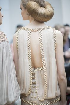 Last Fashion Hero | fashion–victime:  backstage @ Chanel Couture...