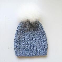 Ravelry: Flettefin Lue pattern by Floetre Knitted Hats, Girly, Knitting, Pattern, Fashion, Knit Hats, Lady Like, Moda, Girly Girl