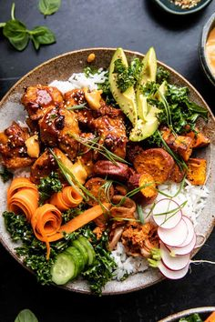 This colorful Sheet Pan Korean Chicken Bowl with Sweet Potatoes and Yum Yum Sauce is the perfect weeknight dinner. It's colorful, healthy, and beyond good! Asian Recipes, Mexican Food Recipes, Dinner Recipes, Healthy Recipes, Ethnic Recipes, Healthy Food, Chicken Meal Prep, Chicken Recipes, Korean Chicken