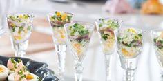 Ansjovis- och ägg i snapsglas med brynt smör