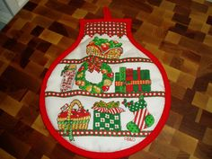 Vintage Pot Holder with a Christmas Motif by granniesoldstuff, $9.99
