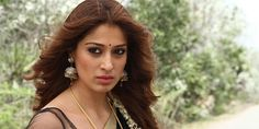 ‪#‎RaaiLaxmi‬'s ‪#‎Sowkarpettai‬ audio rights sold out!